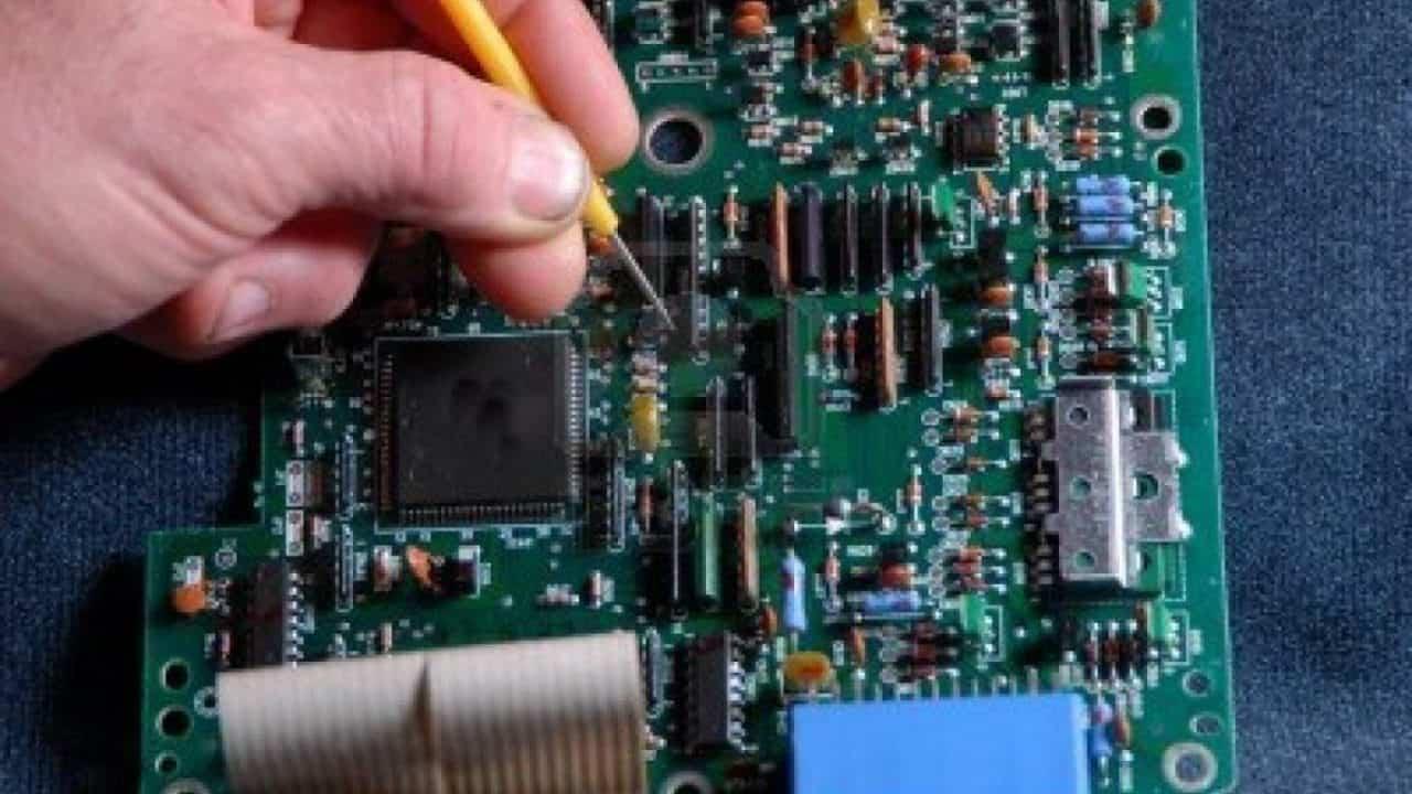 Servicio electronico en Castellon Pianos
